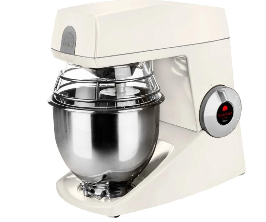 Denne model fra Bjørn Teddy er blandt de bedste køkkenmaskiner i test. Den egner sig til professionelt brug såvel som hjemme i køkkenet.